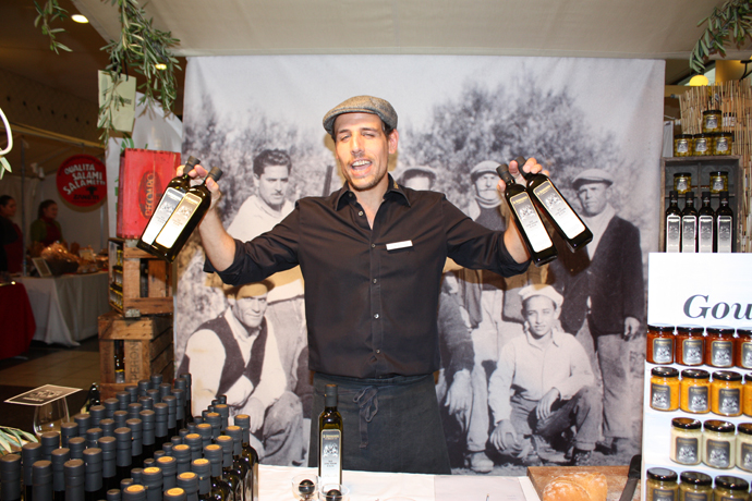 Di Bennardo and his olive oils - Gourmesse in Zurich - copyright Veronique Gray