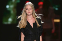 Di Liborio Rocks the Runway With New Wave Icon Chic
