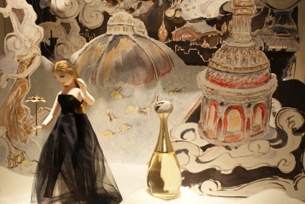 Dior shop windows Le Printemps