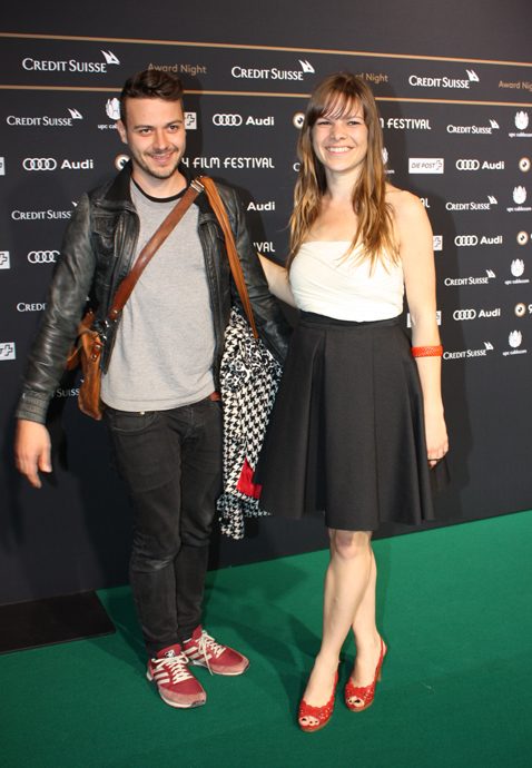 Director of Das Erste Meer, Clara Trischler with friend on the green carpet of ZFF for the closing ceremony - copyright Véronique Gray