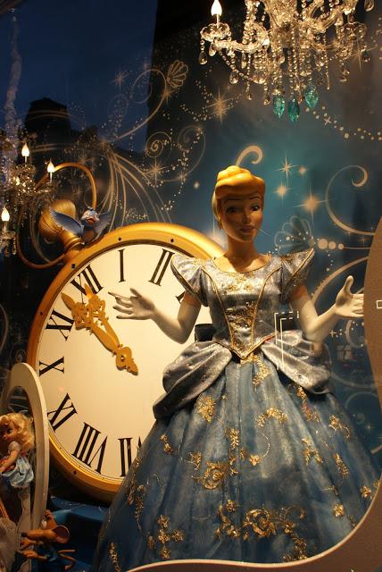 Disney character, Galeries Lafayette Paris
