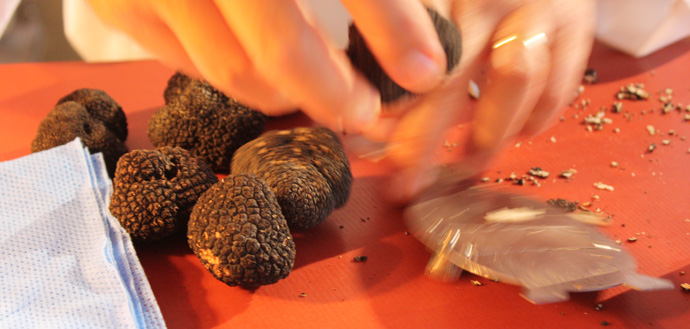 Dominique Gauthier prepares dish with summer truffles at Il TAVOLO - copyright Veronique Gray