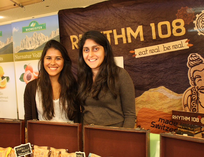 Family Siddhi at the Gourmesse presenting their mini cakes
