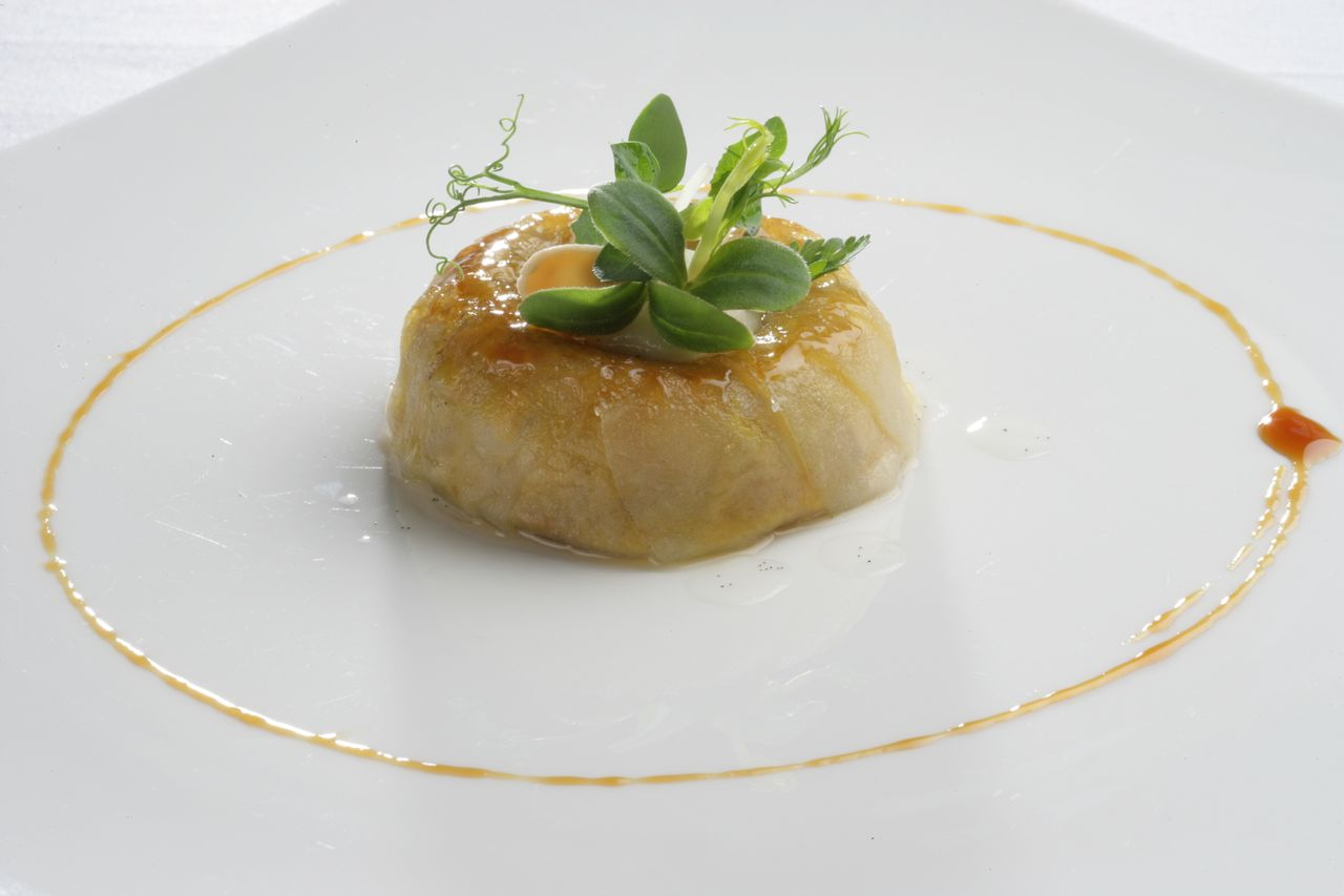 Foie gras timbale with caramelized apples - El Celler De Can Roca copyright The Roca Brothers