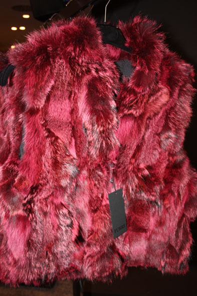 Jelmoli fashion show - red fur vest from Furry