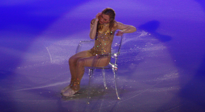Joannie Rochette at Art on Ice - copyright Véronique Gray