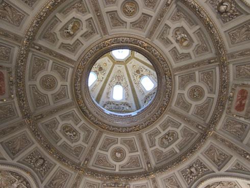 Kunsthistorischesmuseum entrance's ceiling, Vienna