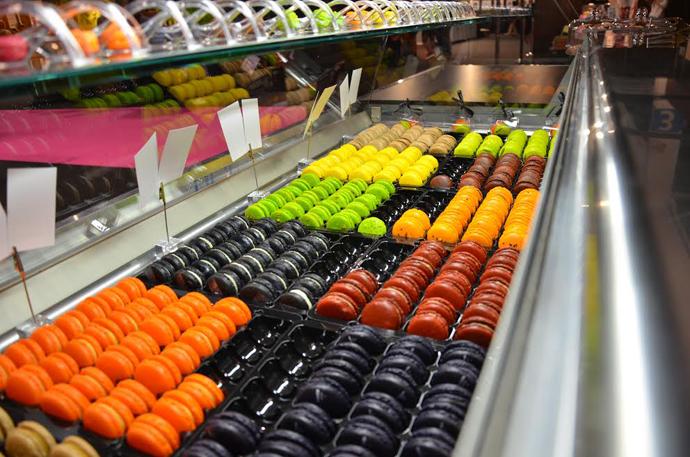 Les macarons précieux de Véronique au salon du chocolat de Zurich - copyright macarons precieux