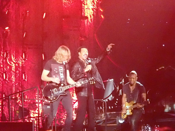 Lionel Richie and his musicians at Hallenstadion in Zurich