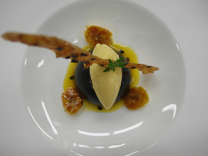Maracaibo mousse with banane and passion fruit sorbet - copyright The Dolder Resort