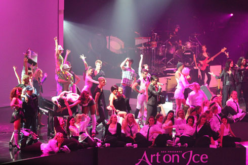 Marvin Smith, Tinkabelle, Tanja Tankner, Stéphane Lambiel and Team Surprise - Art on Ice 2012