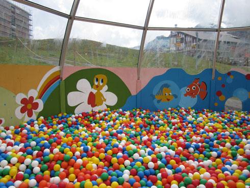 Melchsee-Frutt - an inside playground for the restaurant near the gondola