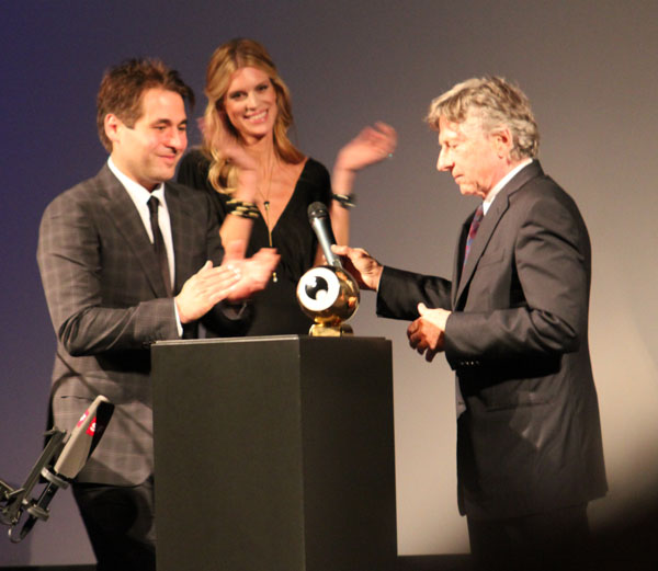 Roman Polanski receiving his prize at the Zurich film festival