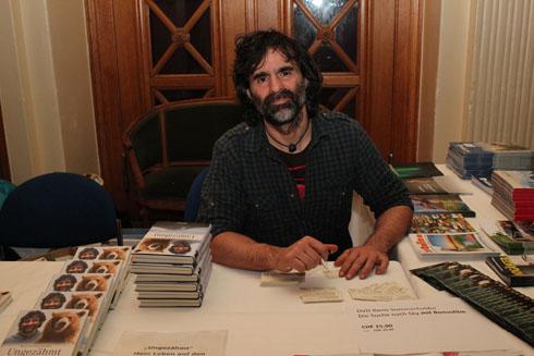 Reno Sommerhalder signing books at Kaufleuten in Zurich