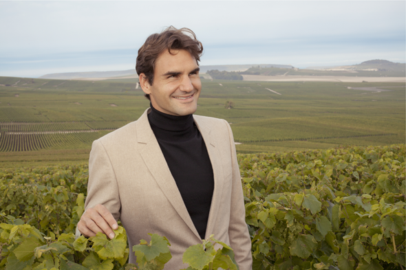 Roger Federer in the Moet & Chandon vineyard © Moet & Chandon