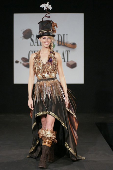 Glamour at the salon du chocolat fashion show in zurich for Couture a fribourg