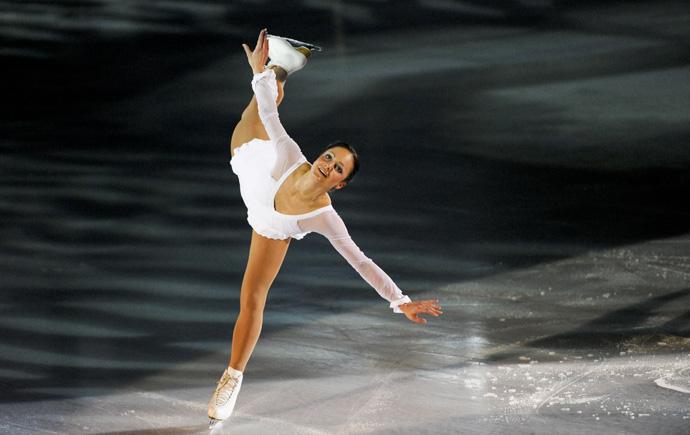 Sarah Meier on the ice - copyright Art on Ice