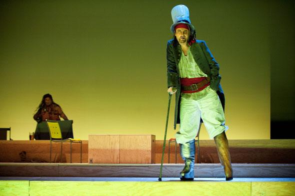"""Opernhaus Zürich """"DIE SCHATZINSEL"""" Abenteueroper von Frank Schwemmer (Musik) und Michael Frowin (Libretto), 2012/13 - credit Judith Schlosser"""
