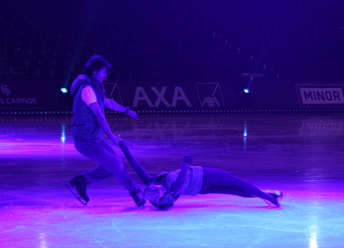 Stéphane Lambiel and Tatiana Voloszhar at the Art on Ice rehearsal - copyright Véronique Gray