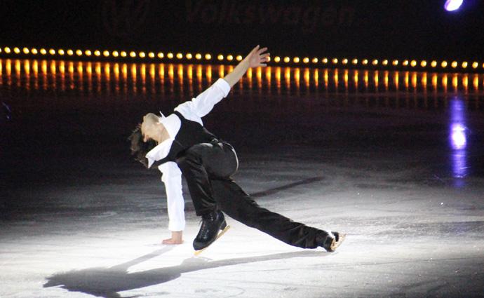 Stephane Lambiel in Zurich Art on Ice 2015 - credit photo Veronique GRAY