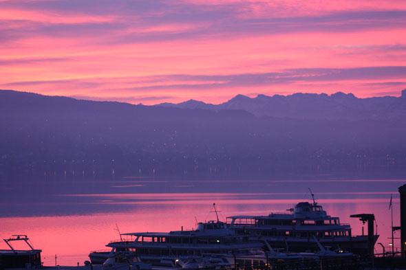 Sunrise on the lake of Zurich, Switzerland