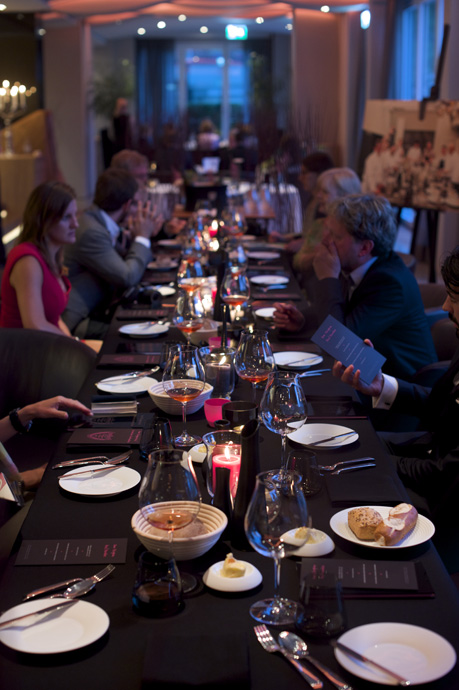 Table for the Dom Pérignon Rosé Paradox menu at Park Hotel Vitznau - copyright Moet Hennessy