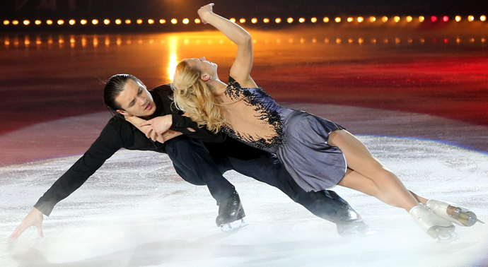 Tatiana Volosozhar- Maxim Trankov - credit photo art on ice