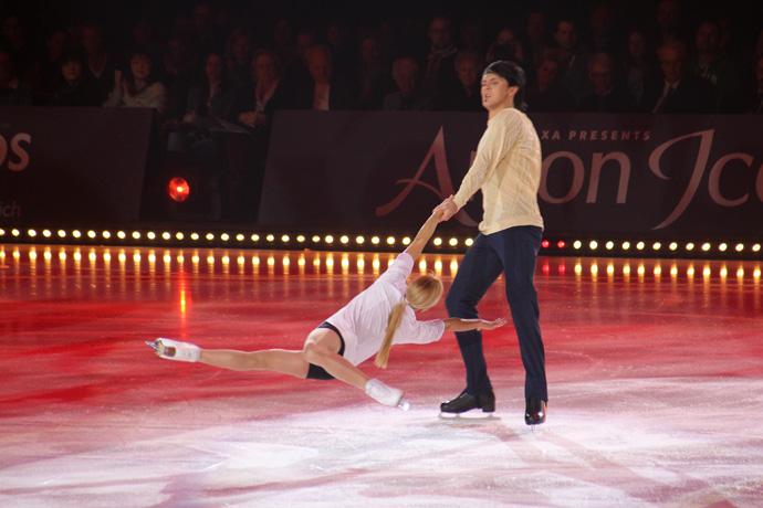 Tatiana Volosozhar and Maxim Trankhov at Art on Ice 2015 - credit photo Veronique GRAY