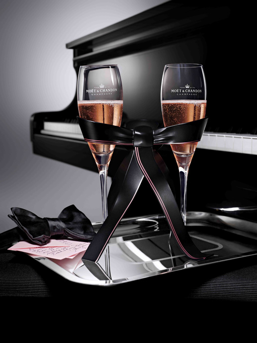 Tie-for-Two from Moet & Chandon - copyright Moet & Chandon