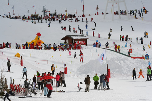 Busy area at the bottom of the slopes in Val Thorens