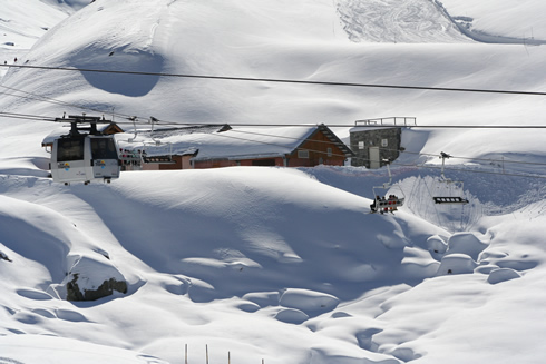 Chair lifts and gondolas in Val Thorens