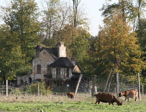 Versailles: Marie-Antoinette hamlet and farm