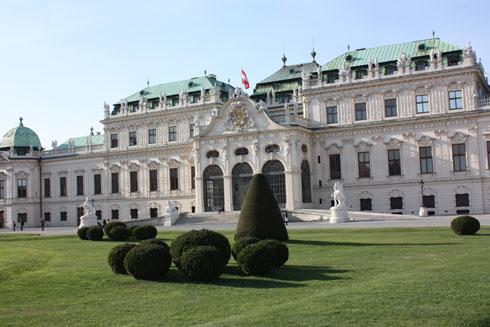 Vienna - Belvédère taken from the back entrance