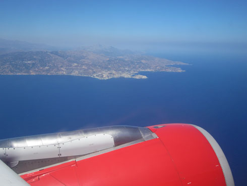 Airplane travels - Flying to Crete