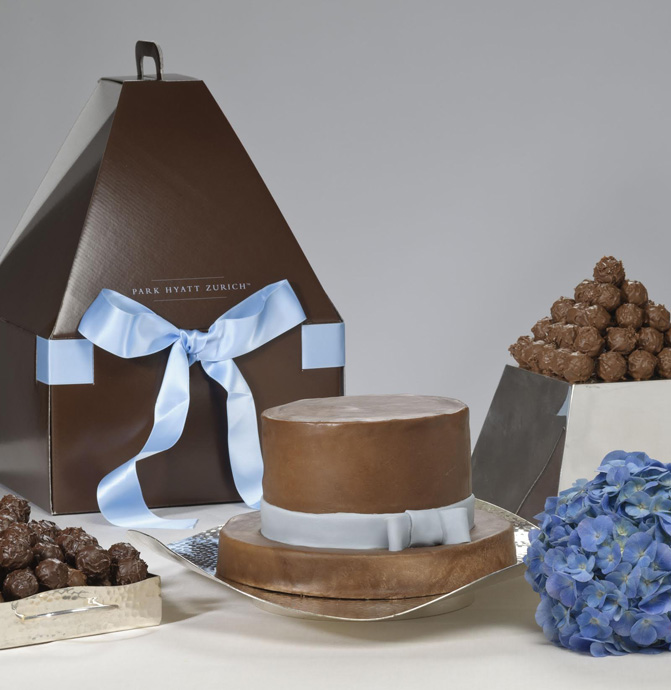 Chocolate cake and truffles made  for the Annabelle award during the Mercedes-Benz Fashion Days in Zurich - copyright Park Hyatt Zurich