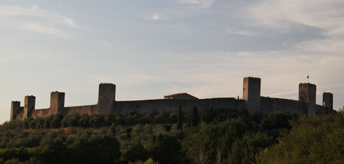 fortified castle in Monteriggioni