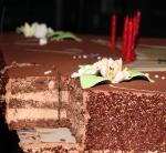dionne-bromfield-cake