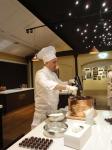 heinz-schlegel-warming-up-the-chocolate