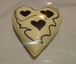 white-chocolat-heart-for-valentine-lindt