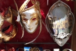 masks-in-a-venetian-store_0