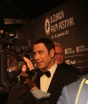 john-travolta-on-the-green-carpet